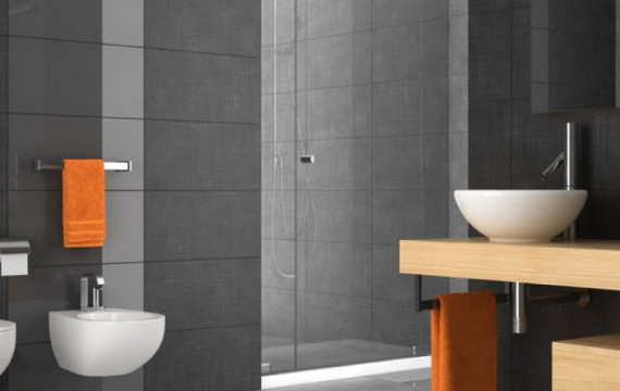 Tiled bathroom 750-x950